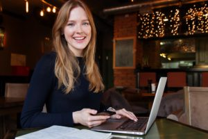 digital marketing business woman in Hamilton Ontario